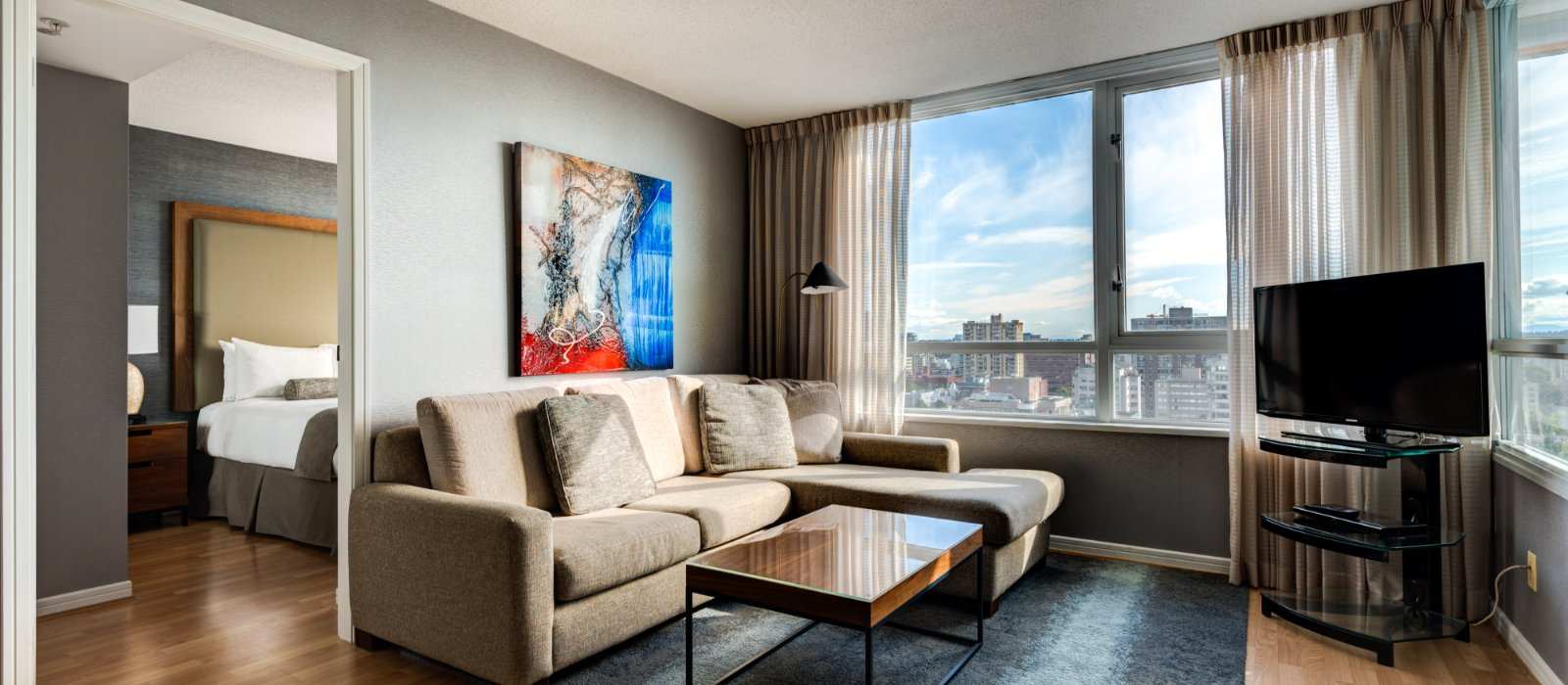 Boutique Hotel Suites In Vancouver Downtown Carmana Plaza
